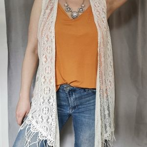 Sleeveless Lace Shawl Cardigan with Tassels